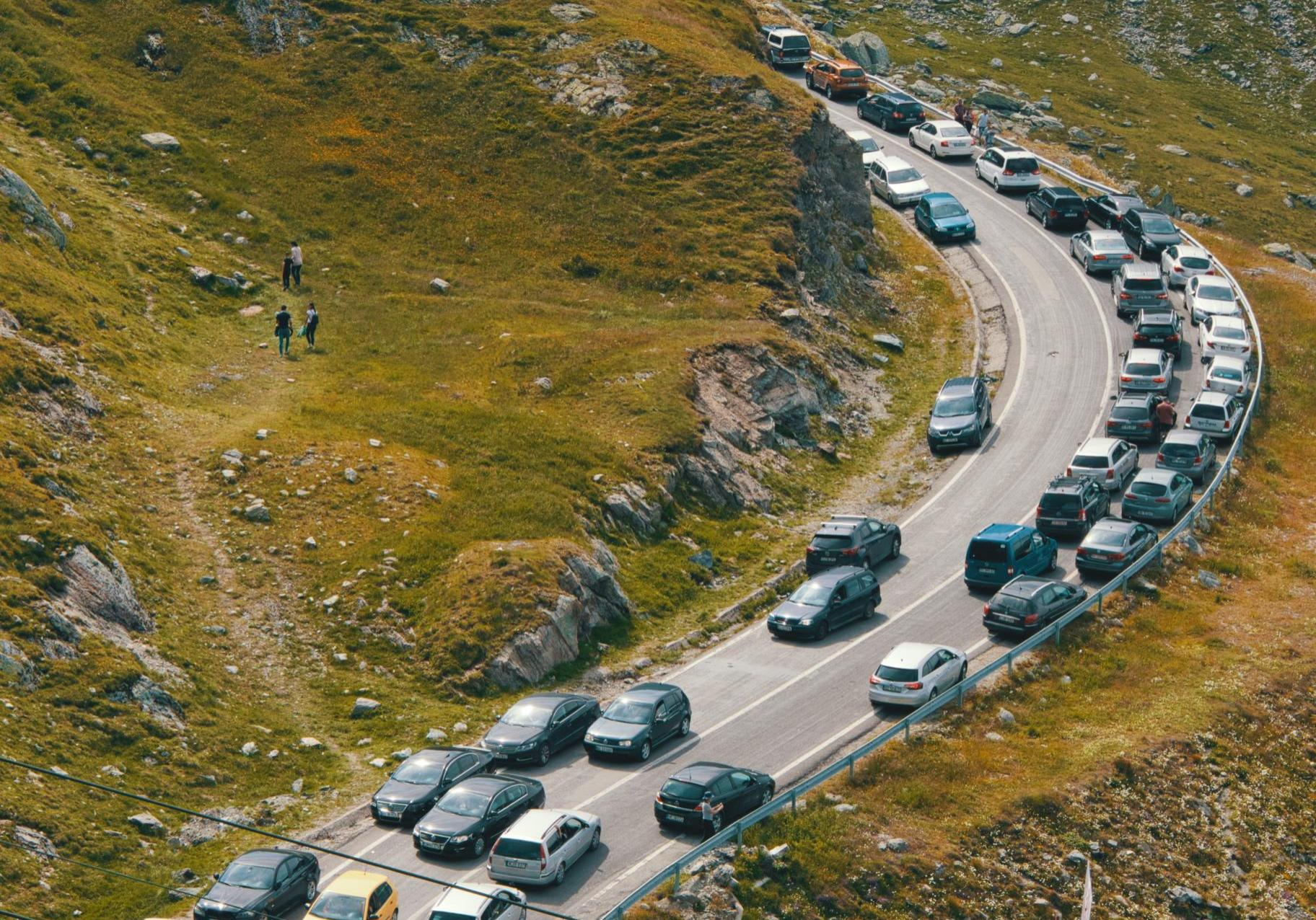 nomadic-julien-25Zw01Q3uGQ-unsplash (1)